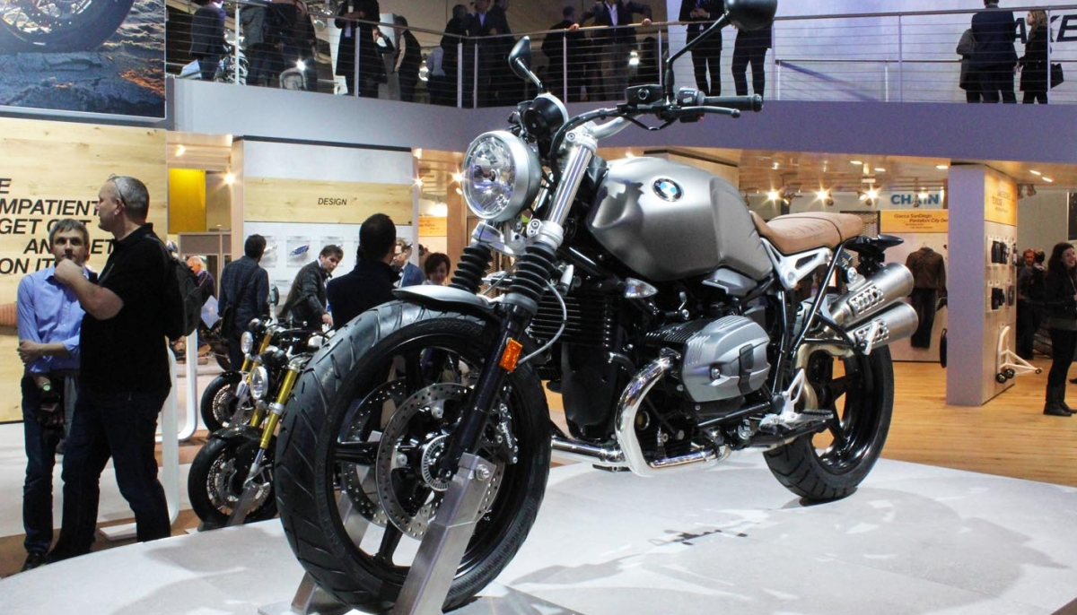 BMW Motorrad at EICMA 2015.